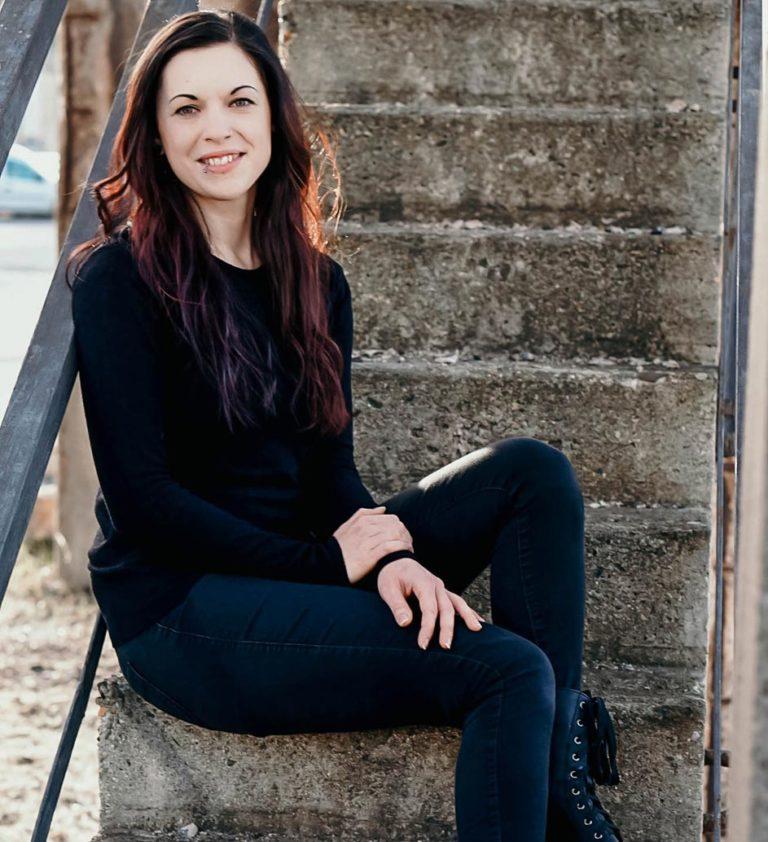 Marina Bierbrauer, freie Texterin in Dresden und ganz Deutschland, movingtexts